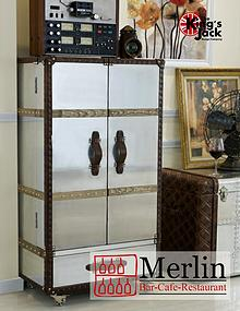 Merlin Bar-Cafe-Restaurant